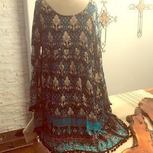 Velzera dress/top size 2XL